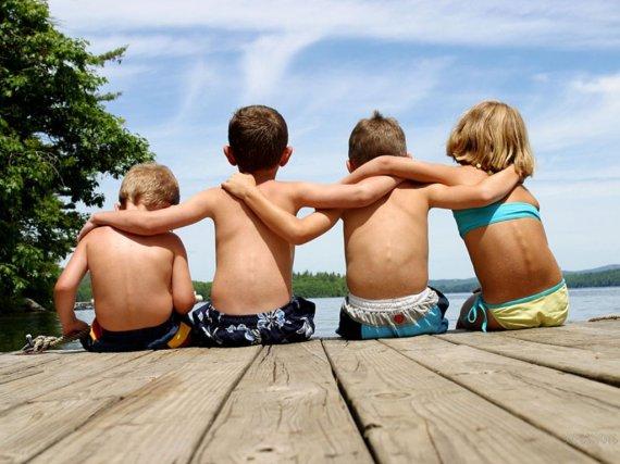 soñar-con-amigos-de-la-infanciapasadocolegio